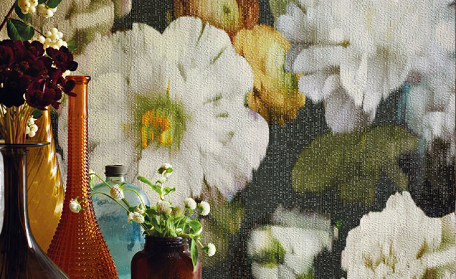 A luxurious collection of embossed vinyl wallcoverings comprising striking prints from the Herbaria fabric collection, as well as a range of sophisticated, textural designs. Elaborate details and subtle nuances of colour are brought to life through innovative printing techniques, while unique embosses create an irresistibly tactile finish. An inspiring palette sees deep, atmospheric colour invigorate contemporary florals, while flashes of peacock and blush enliven an intricate damask. Chalky, mineral shades and oxidised metallic tones enhance an agate inspired design, while subtle glimmers of pearlescent hues dance across distressed textures.